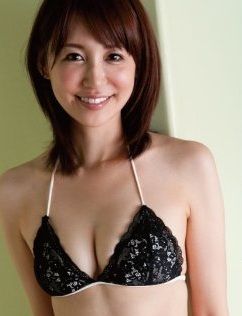 石田紗英子.jpg