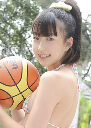 宮地れなバスケ少女.jpg